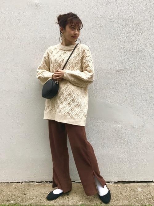 万能モテアイテム【白ニット】の選び方と着痩せコーデ術を紹介♡の10枚目の画像