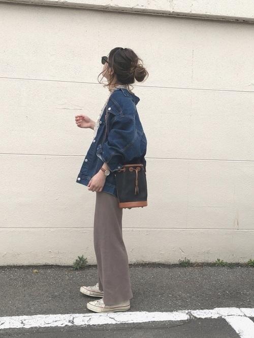 プレーンクロージングの人気バッグは?おすすめアイテム&コーデ紹介の13枚目の画像