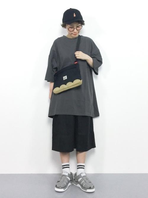 着回し力ばつぐん!【黒パンツ】のオトナレディースコーデ60選♡の30枚目の画像