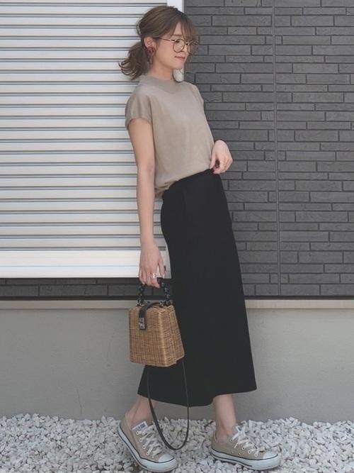 大人女性におすすめ♡着回ししやすいユニクロタイトスカートコーデの3枚目の画像