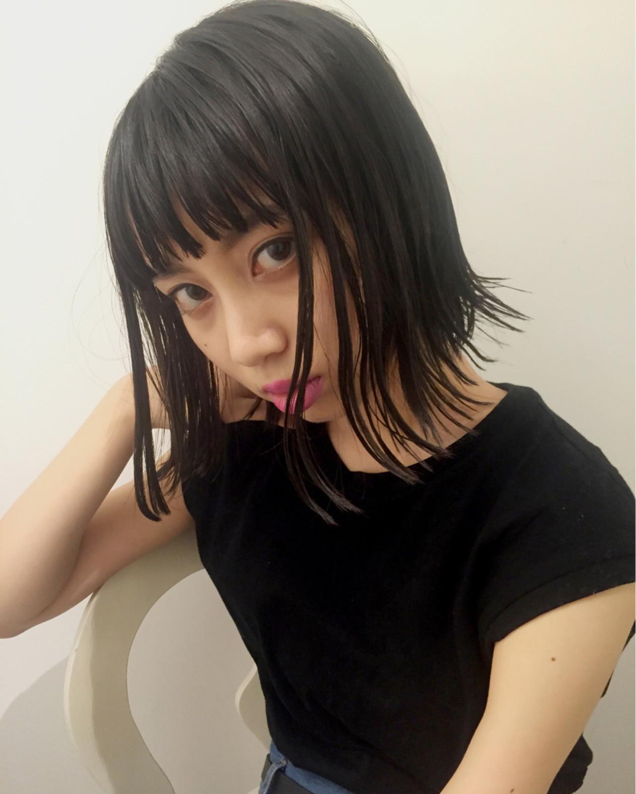 次のヘアカラーは、ブルーブラックへシフト!透明感を手に入れよう♡の4枚目の画像