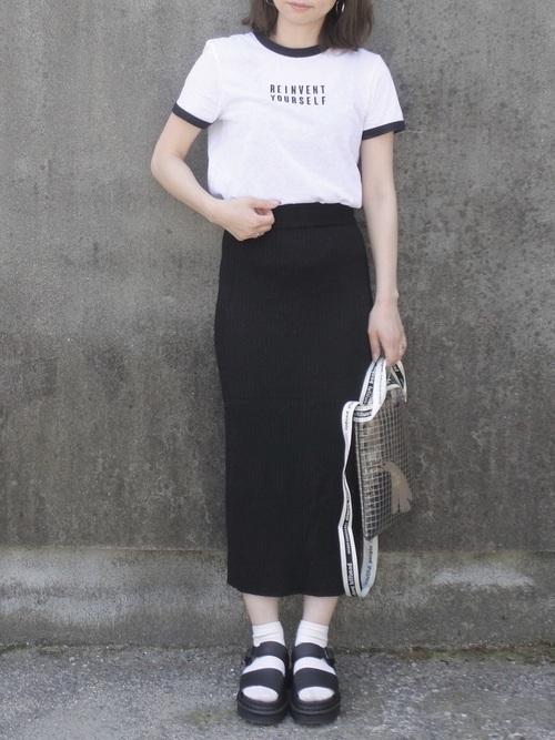 大人女性におすすめ♡着回ししやすいユニクロタイトスカートコーデの14枚目の画像