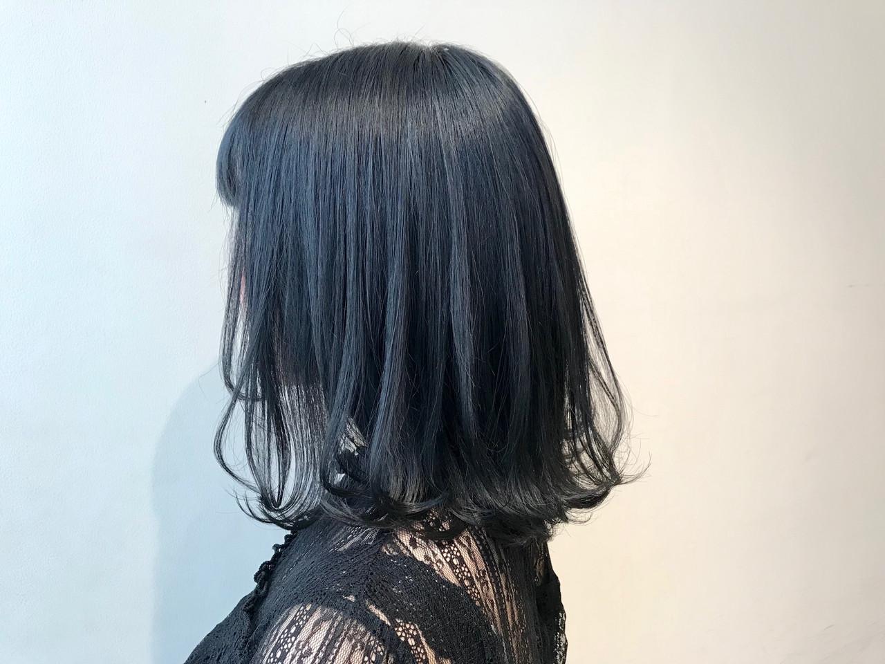 次のヘアカラーは、ブルーブラックへシフト!透明感を手に入れよう♡の6枚目の画像