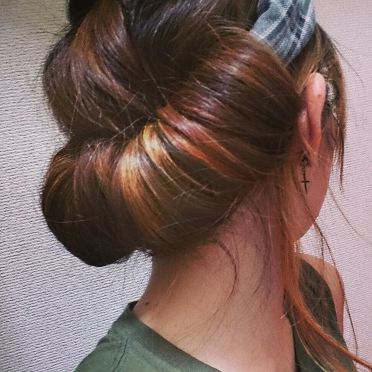 ヘアバンドでおしゃれな大人女子になろう。髪の長さ別付け方を紹介の8枚目の画像