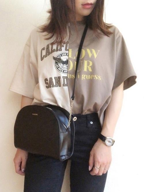 黒スキニーコーデでレディース服をおしゃれに。季節別コーデを紹介の4枚目の画像