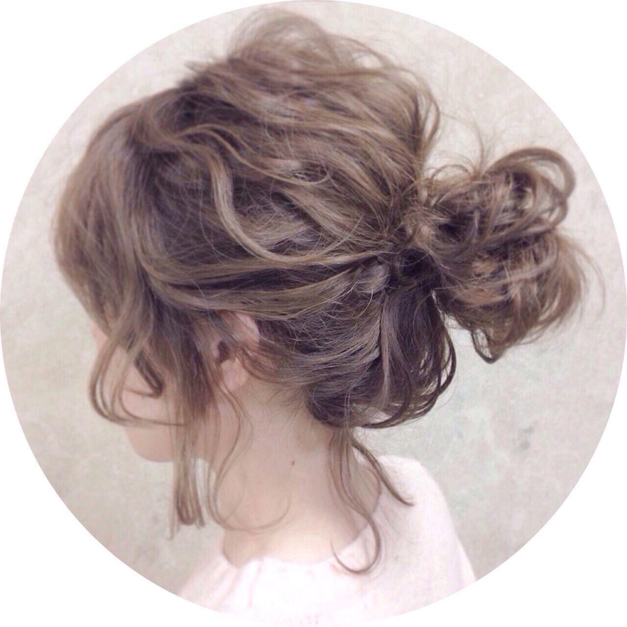 簡単ヘアアレンジ紹介ミディアム編。小顔へアやまとめ髪などの10枚目の画像