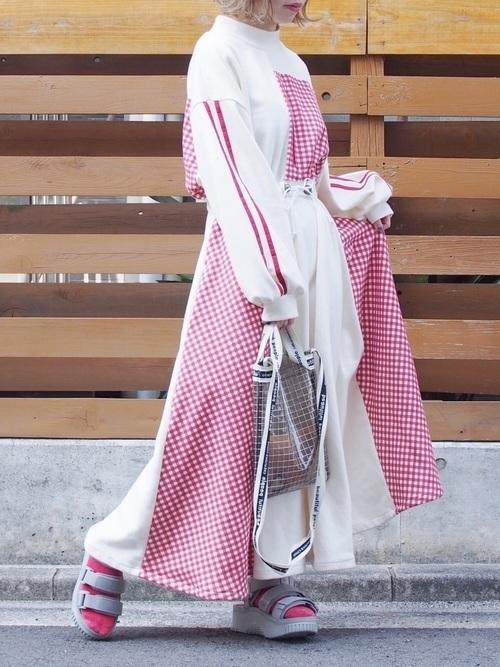 """【20選】人気の""""サーキュラースカート""""で作るおすすめコーデ特集の21枚目の画像"""