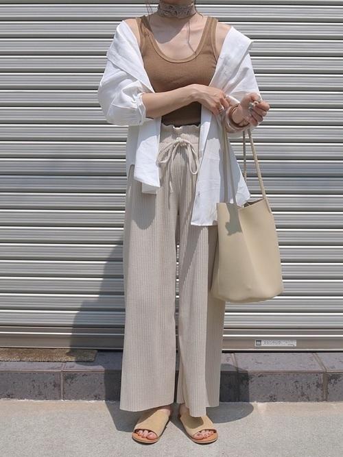 レディース・メンズ【オーバーサイズシャツ】の胸キュン着こなし術