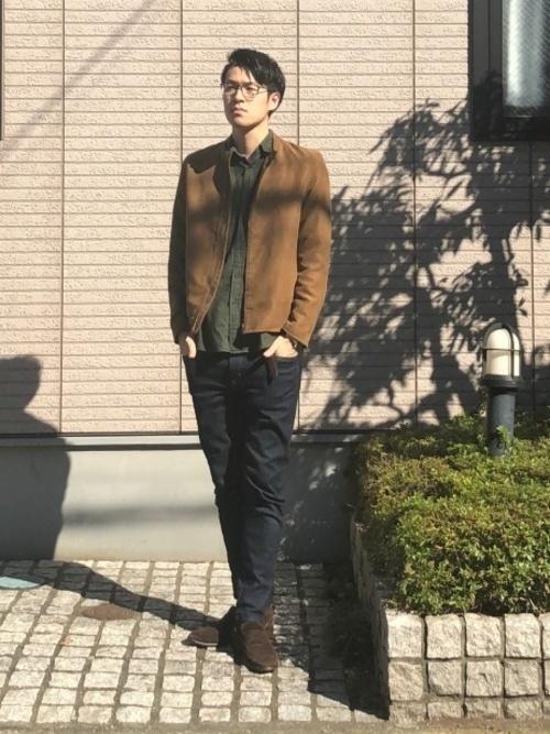 【メンズ&レディース】フランネルシャツ大人の着こなし方17選!の17枚目の画像