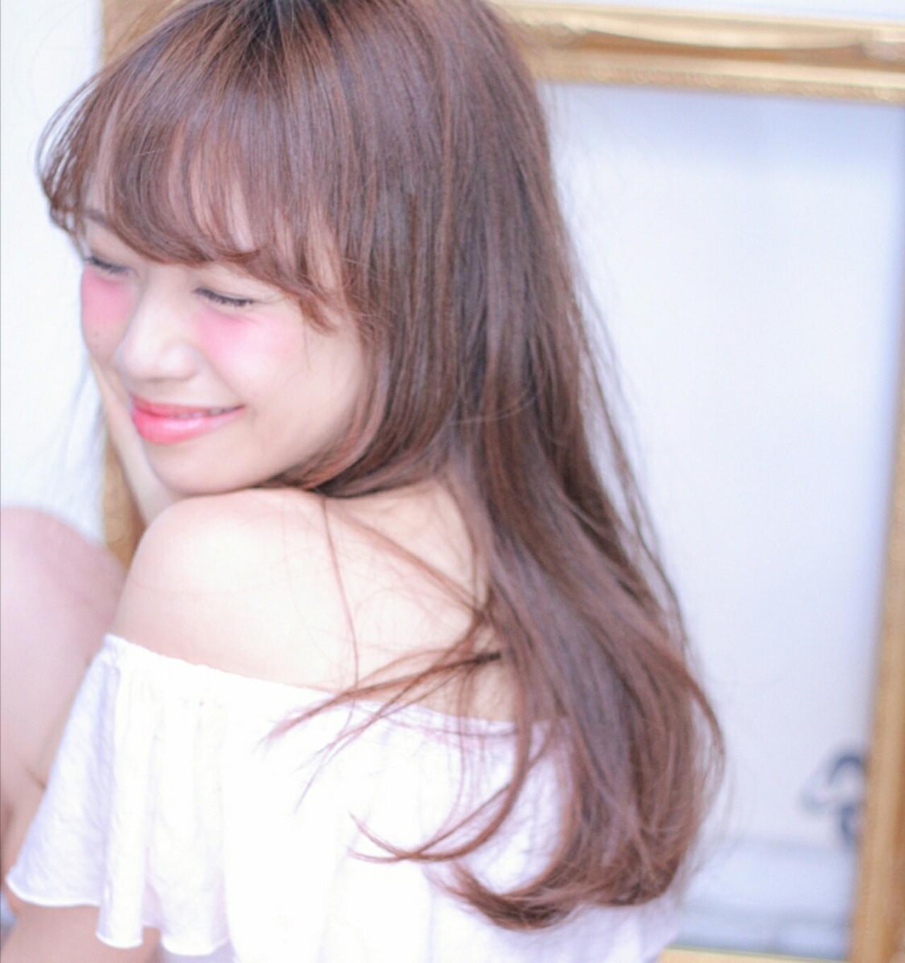 「ロングストレート」で女度高まる髪型を「タイプ別」に紹介します♡の2枚目の画像