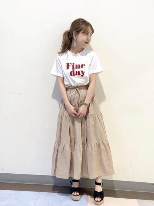 やっぱりロゴTシャツコーデが好き。ボトムス別おしゃれコーデ集の11枚目の画像