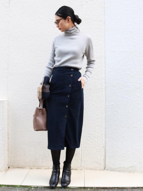 タイトスカートで冬コーデをおしゃれに。注目されるスタイルをご紹介の9枚目の画像