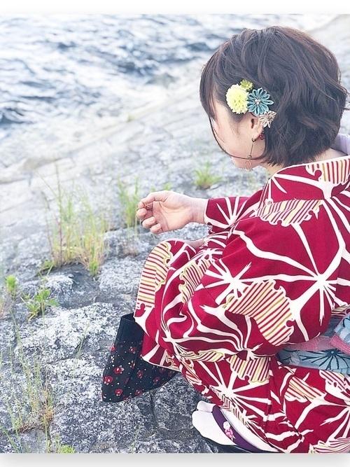 【着物×ショートヘア】モダンでおしゃれなヘアアレンジ9選の15枚目の画像