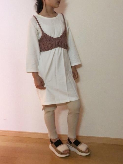 サンダルはいつまで履ける?秋まで履けるタイプやコーデを紹介の7枚目の画像