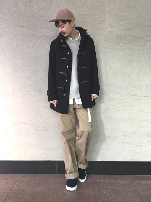 紳士風にキメる!【ネイビーダッフルコート】のメンズコーデカタログの3枚目の画像