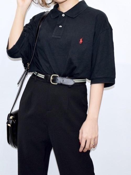 黒ポロシャツのコーデポイントは?参考にしたい着こなし術を紹介の6枚目の画像