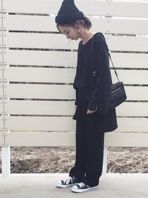 これひとつで着こなしの幅がグッと広がる♡黒のセットアップ特集の1枚目の画像