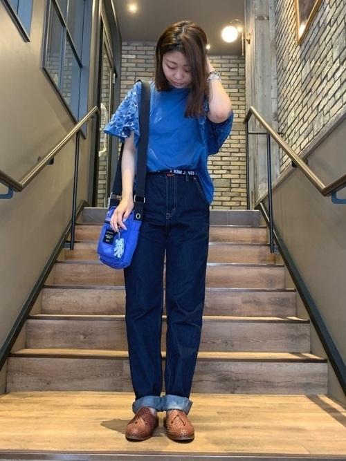青Tシャツに首ったけ♡夏を乗り切るさわやかコーデをご紹介の2枚目の画像