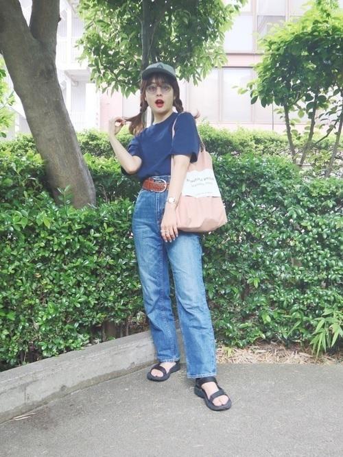 青Tシャツに首ったけ♡夏を乗り切るさわやかコーデをご紹介の8枚目の画像