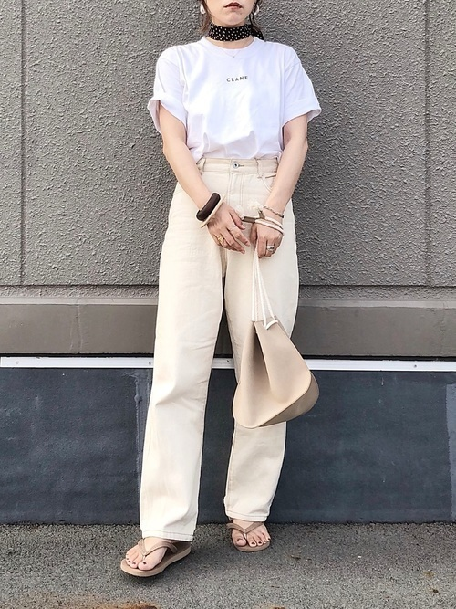 主役級Tシャツで夏映え♡アカ抜けTシャツコーデ9選の5枚目の画像