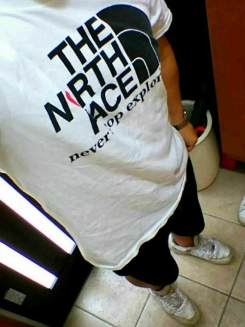 T シャツ ブランド