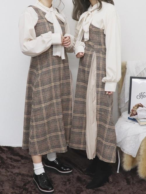 秋服買うならまずはワンピースから 年の旬コーデを大公開 Arine アリネ