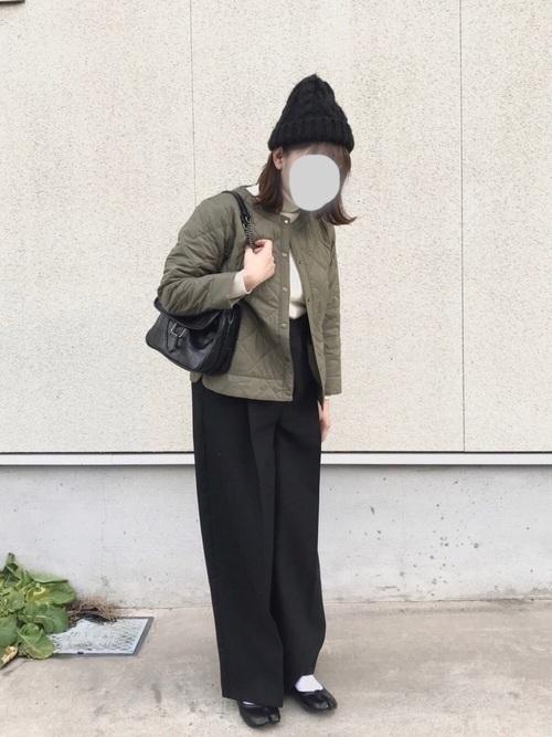 着回し力ばつぐん!【黒パンツ】のオトナレディースコーデ60選♡の44枚目の画像