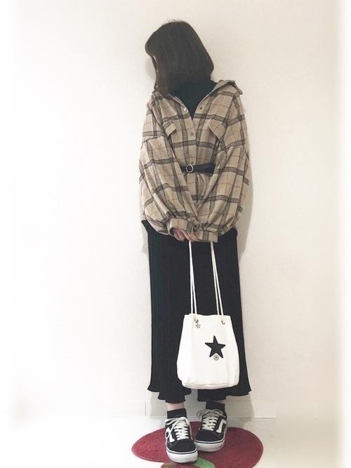 プリーツパンツで始める私の着まわし物語♡《コーデ29選》の16枚目の画像