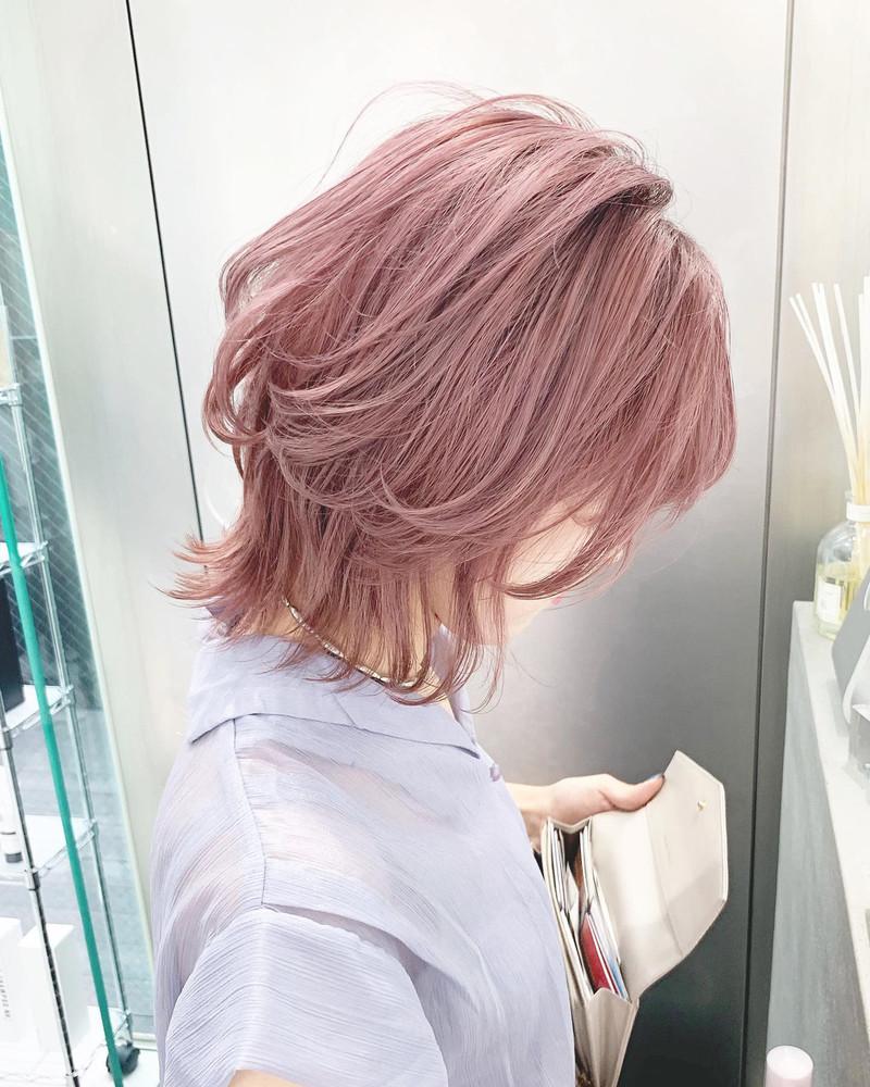 〈2021年〉ピンクの髪色だけ集めてみました!明るさ&レングス別