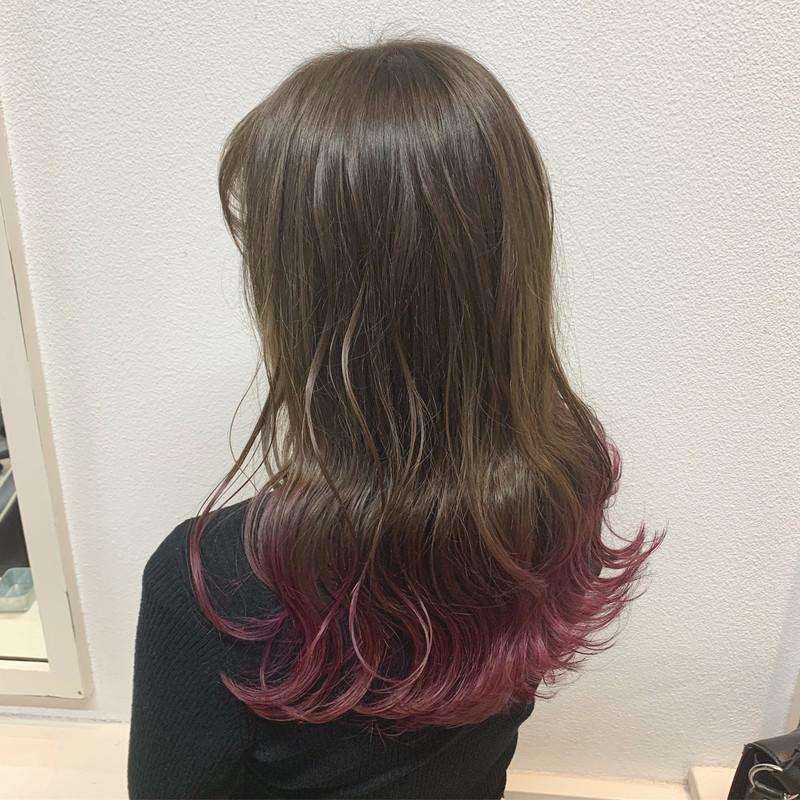 カラーバターとは?人気色からヘアカタログ・使い方までご紹介!