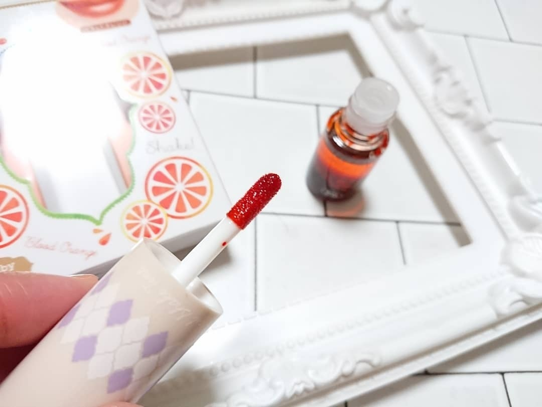 カネボウ ベビーピンクプラス カクテルシェイクティント 03:ブラッドオレンジ(口紅)を使ったクチコミ(4枚目)