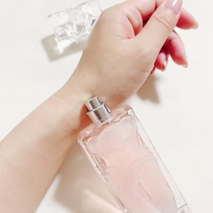 香水 フレグランス サルバドール・ダリ ラ・ベル エ ロセロ オードトワレ30ml スプレイ ギフト プレゼント(香水・フレグランス(レディース))を使ったクチコミ(3枚目)