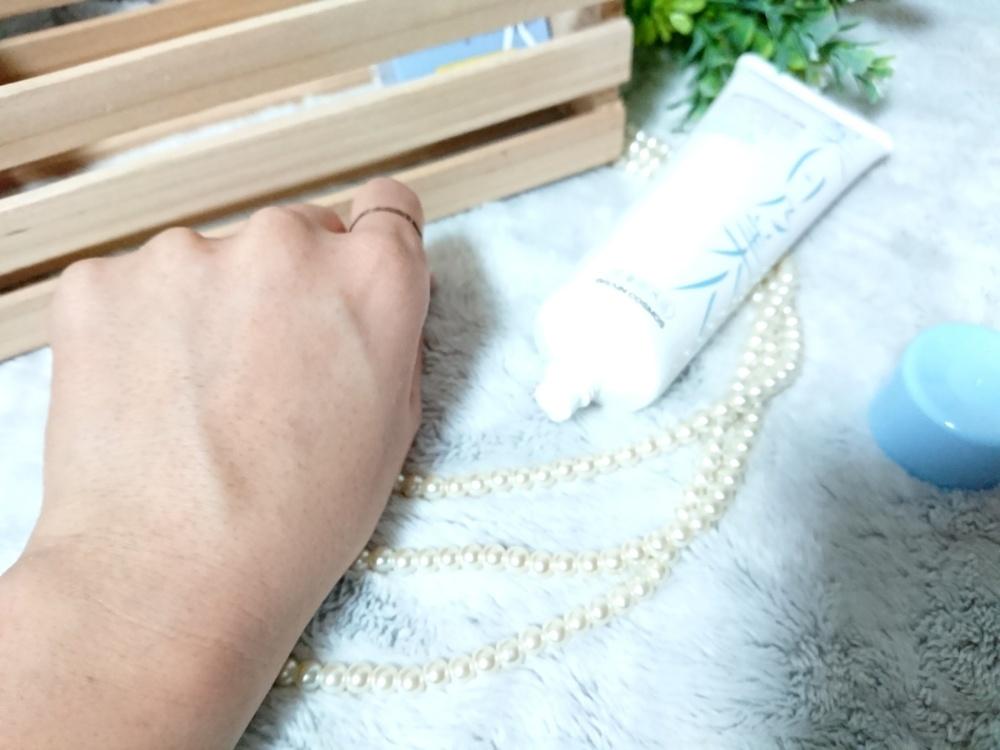 薬用美白乃美人 ホワイトニングピーリングジェル(化粧水)を使ったクチコミ(4枚目)