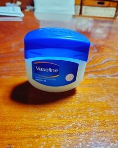 ヴァセリン ヴァセリン オリジナル ピュアスキンジェリー(リップケア・リップクリーム・リップスクラブ)を使ったクチコミ(1枚目)