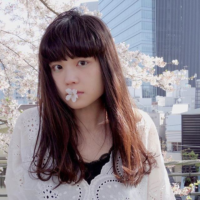 《ぱっつん前髪》の韓国風スタイル♡韓国っぽヘアに変身しましょ。