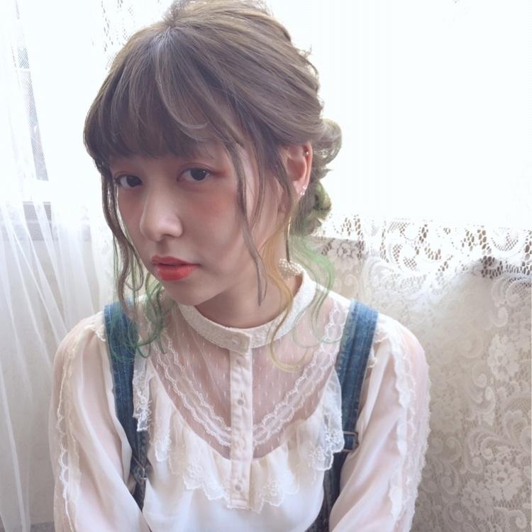 【セミロングさん向け】簡単&可愛い髪型が集結♡ヘアアレンジ特集