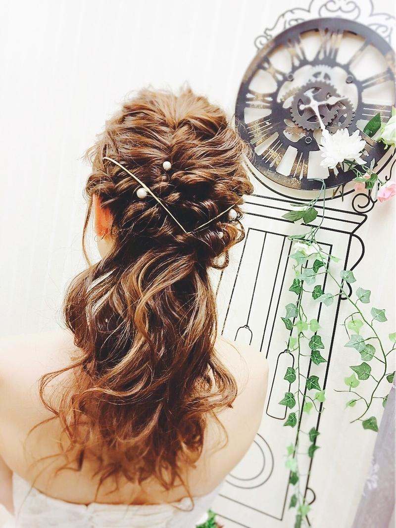 結婚式のヘアセットは自分で♡ハーフアップの簡単セルフアレンジ集!