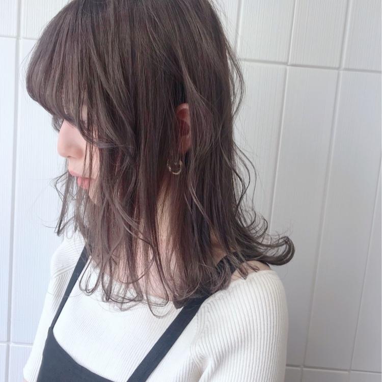 lavender grey. #alicehairdesign#hair#hairstyle#haircolor#hairarrange#make#fashion#小倉美容室#外国人風カラー#ハイトーン#ブリーチ#インナーカラー#ハイライト#グラデーションカラー#ヘアスタイル#ヘアカラー#ヘアアレンジ#oggiotto#oggiottostyle#ayakocolor#エヌドット#メイク#ファッション#美容師#キクゾウスタイル#大人グレージュ#大人カジュアル#ラベンダーグレー