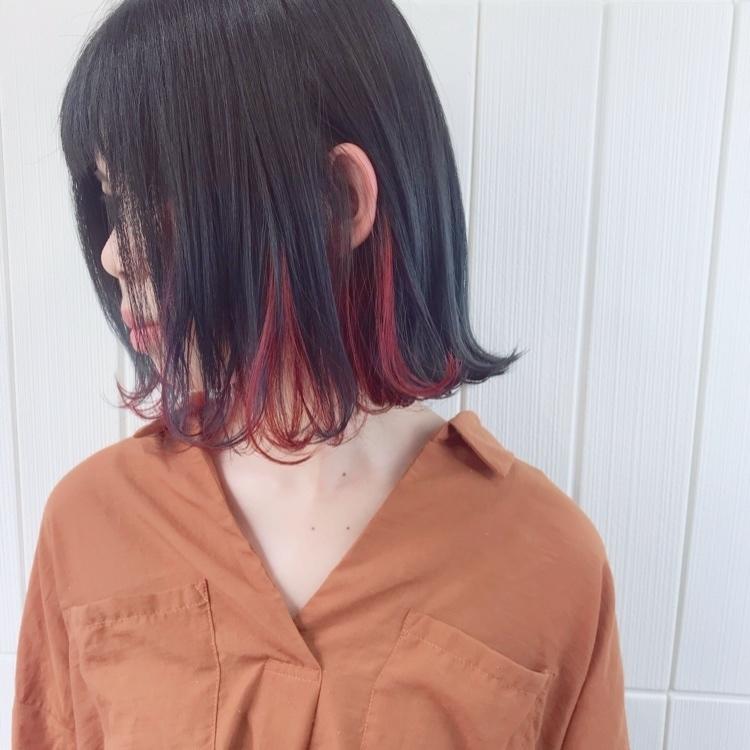 navy×red orange×summer. #alicehairdesign#hair#hairstyle#haircolor#hairarrange#make#fashion#小倉美容室#外国人風カラー#ハイトーン#ブリーチ#インナーカラー#ハイライト#グラデーションカラー#ヘアスタイル#ヘアカラー#ヘアアレンジ#oggiotto#oggiottostyle#ayakocolor#撮影#メイク#ファッション#美容師#美容学生#キクゾウスタイル#navy#アディクシー#ショートボブ#コンテスト