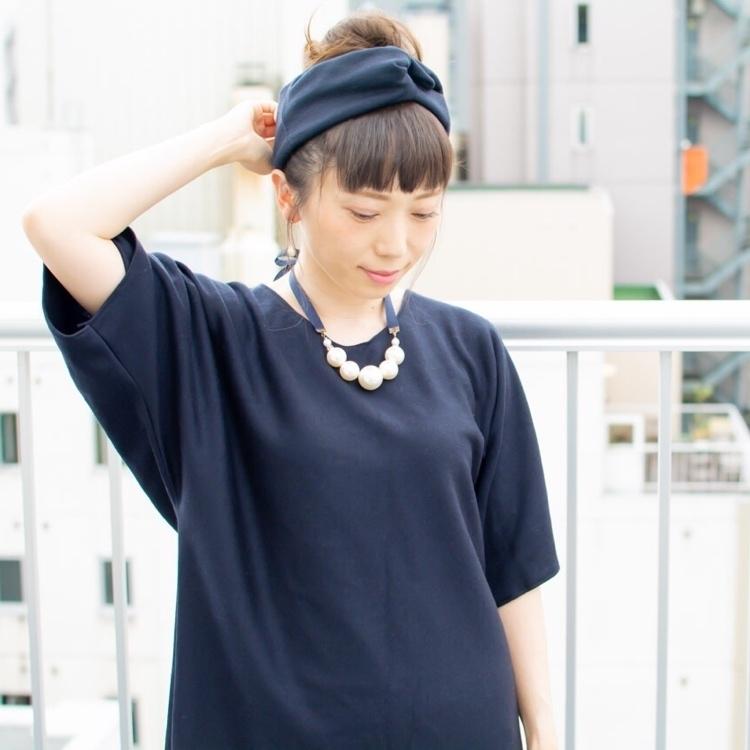 noine ノイン スタイリスト斉藤です。「束感」のある、毎日「扱いやすい」スタイルをつくります。久しぶりに、屋上で、スタイル撮影した!!ピアスは、手作りです。サロンで、販売しています。クロスターバン、服もつくりました。 #noine #ノイン #サロン #スタイリスト斉藤 #女っぽ #撮影 #撮影モデル #札幌 #ロゴt  #スタイル #ショートスタイル #ピアス #ハンドメイド #diy #tv #ホットペッパービューティー #ハンドメイドピアス #ファッション #fashion #作品撮り #ポートレート #写真好きな人と繋がりたい #外国人風 #ヘアアレンジ #クロスターバン