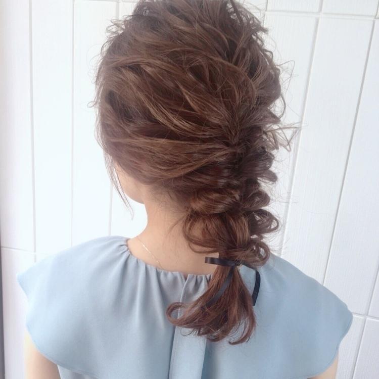 【披露宴の髪型をセルフアレンジ】簡単にそれっぽヘアを作る方法♡
