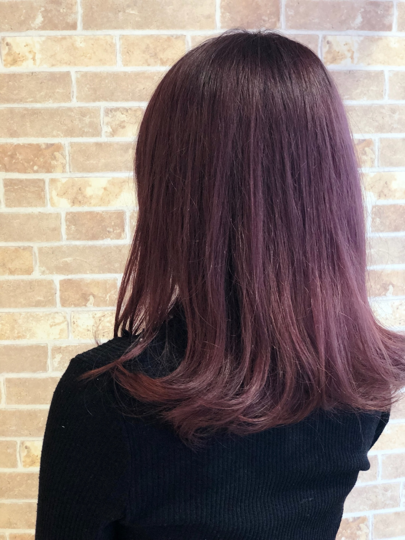 色 髪 チェリー ピンク
