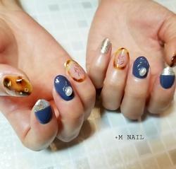 #nails #ジェル #ジェルネイル #ネイル #ネイルサロン #ネイルデザイン #ハンド #大人可愛い #カジュアルネイル #べっ甲ネイル #囲みべっ甲 #ニュアンスネイル #ネイビーネイル