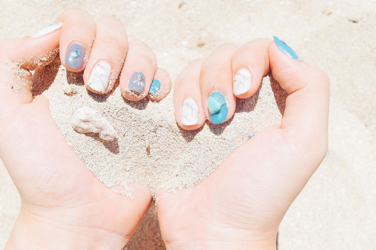 #nails  #ジェル  #ジェルネイル  #ネイル  #ネイルサロン  #ネイルデザイン  #ハンド  #パーティー  #上品ネイル  #大人ネイル  #大人可愛い #手元くら部