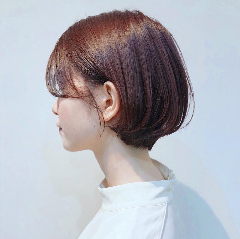 髪色から秋めいて。最新トレンドは「レッドブラウン」のヘアカラー♡