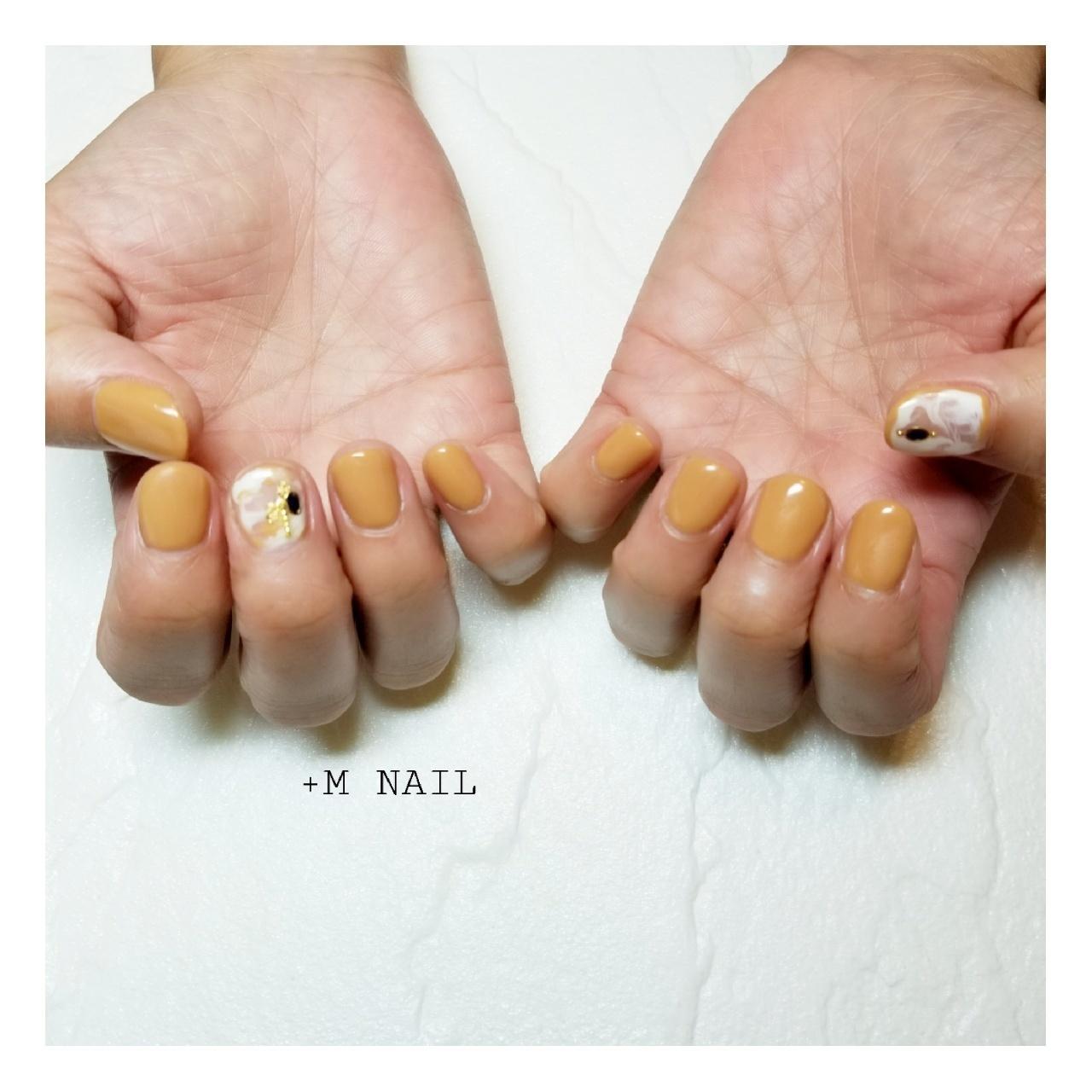 #nails #ジェル #ジェルネイル #ネイル #ネイルサロン #ネイルデザイン #ハンド #大人ネイル #大人可愛い #カジュアルネイル #ワンカラーネイル #ニュアンスネイル #マスタードカラー