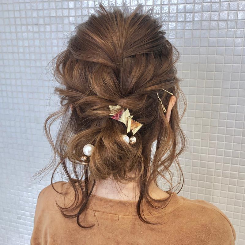 髪型別《簡単ヘアアレンジやり方入門編》かわいい髪型講座開講です♡