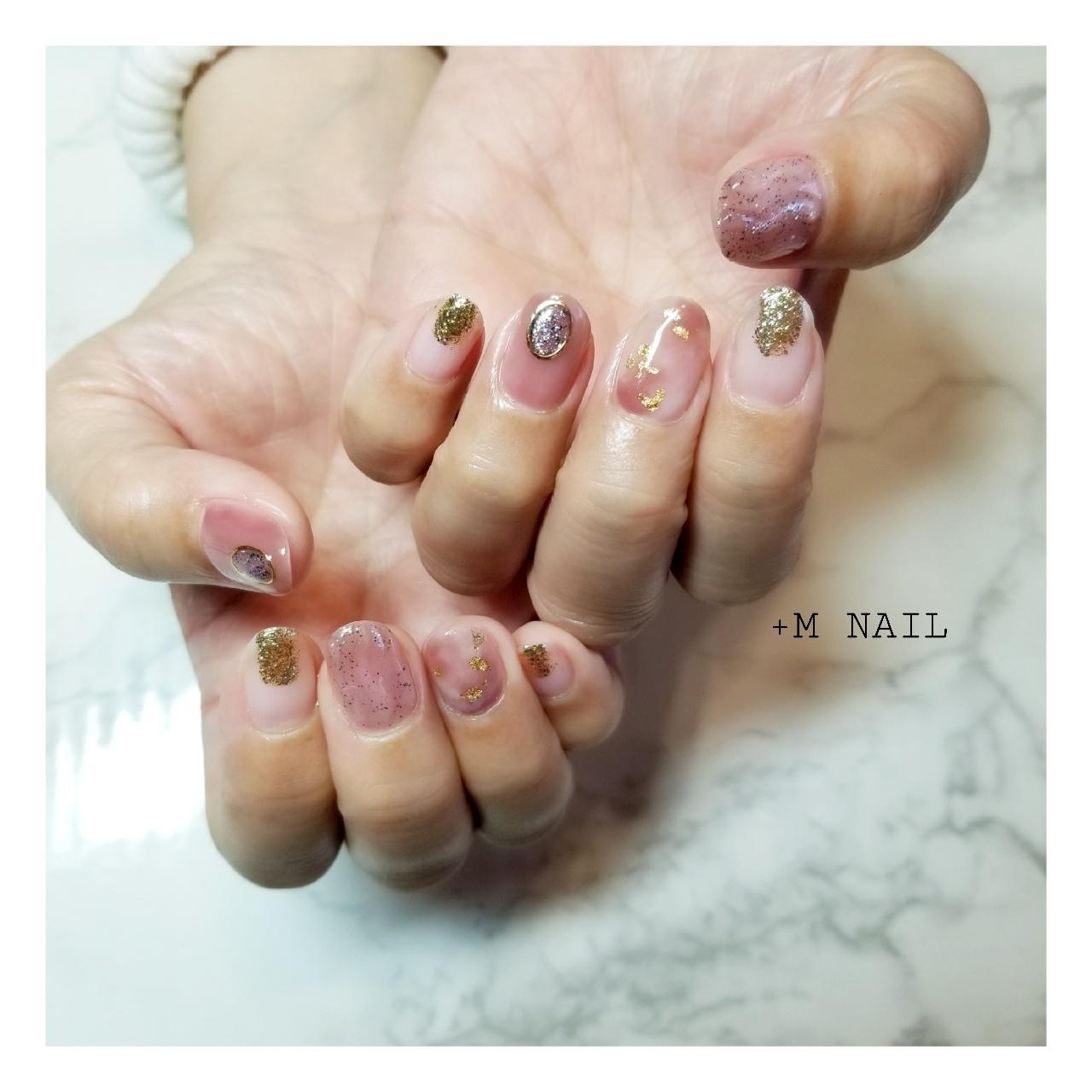 #nails #ジェル #ジェルネイル #ネイル #ネイルサロン #ネイルデザイン #ハンド #大人ネイル #大人可愛い #ニュアンスネイル#ピンクネイル#ブローチネイル#凹凸ネイル#ラメ#カジュアルネイル#おしゃれネイル