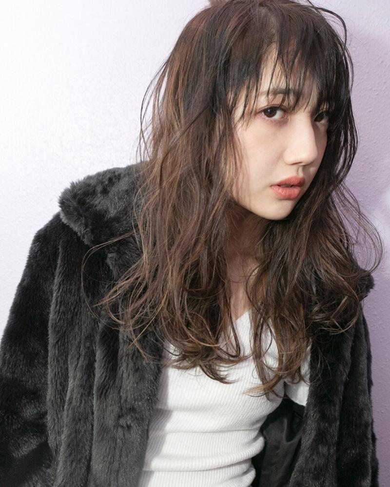 【ブリーチなしでも可愛い!】黒に近い髪色×暗めアッシュ大公開♡