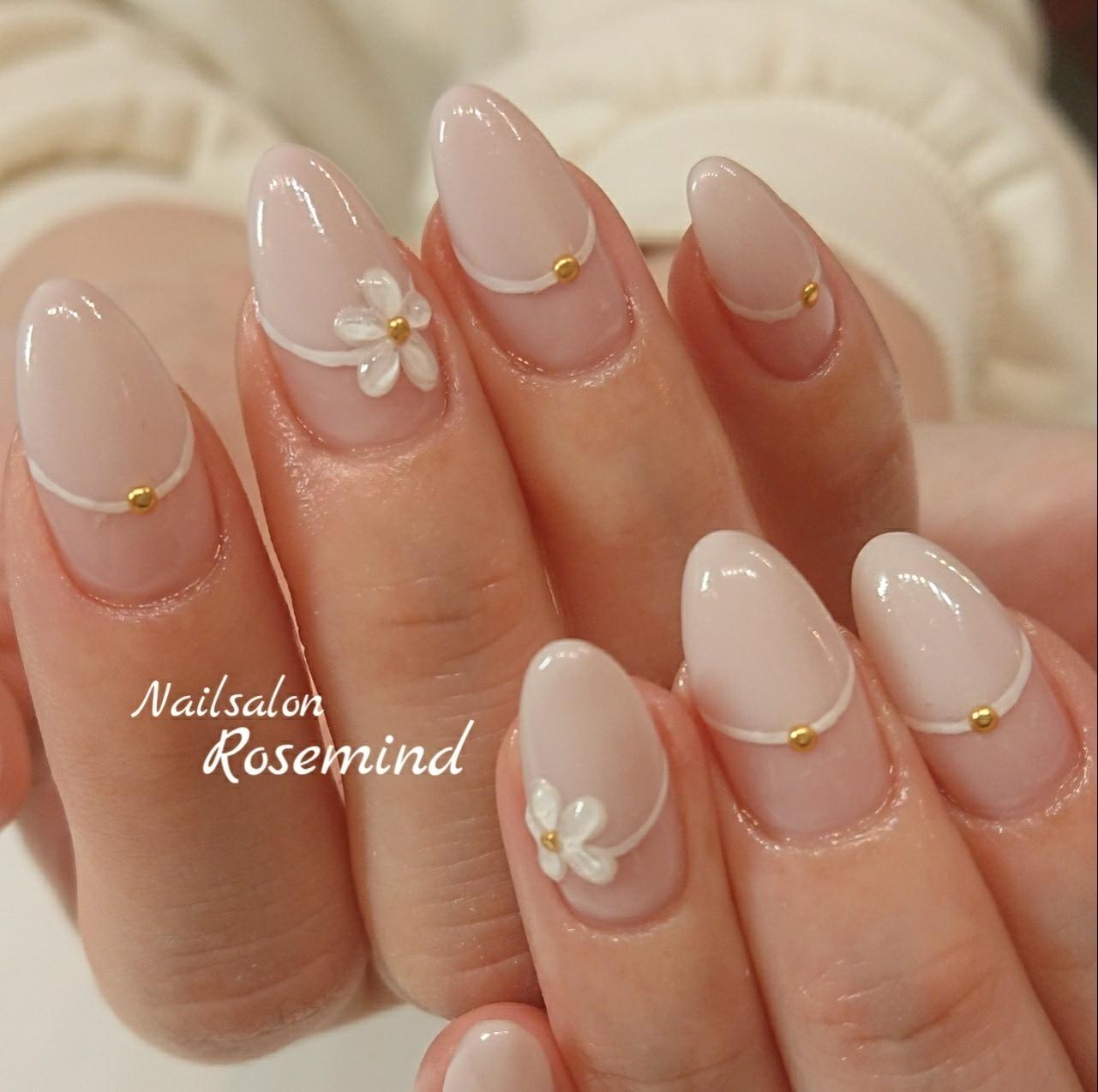 #ジェル #ジェルネイル #nails #ネイル #ネイルサロン #ネイルデザイン #ハンド #上品ネイル #大人可愛い #大人ネイル #オフィスネイル #変形フレンチ #シンプルネイル